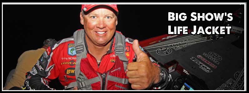 Pro Bass Angler Scroggins Wears a Kayak Lifejacket