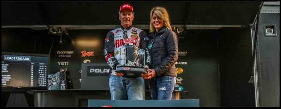 Kentucky's Bolton Wins FLW Tour at Sam Rayburn Reservoir
