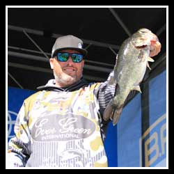 Brett Hite Schools Top 51, Takes Lead On Day 3