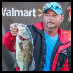 Knight Wins FLW Bass Fishing League Wild Card Tournament on Lake of the Ozarks Inbox