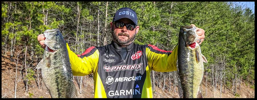 Oklahoma's Hallman Grabs Lead on Day One of FLW Tour at Lake Lanier