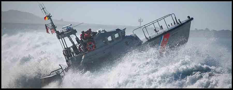 BoatUS Asks Boaters to Help Coast Guard Members: