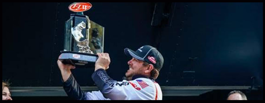 Cox Goes Wire-to-Wire to Win Tackle Warehouse Pro Circuit at Sam Rayburn Reservoir