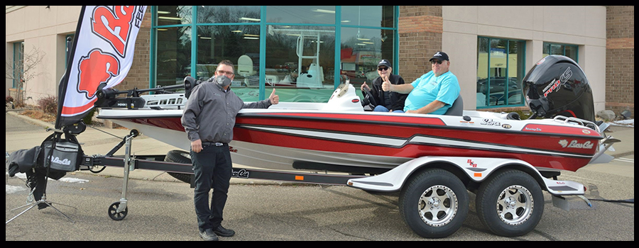 Minnesota Couple Wins New Bass Cat In B.A.S.S. Sweepstakes