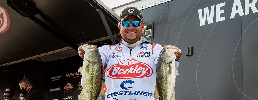 John Cox Surges Ahead at Tackle Warehouse Pro Circuit on Lewis Smith Lake