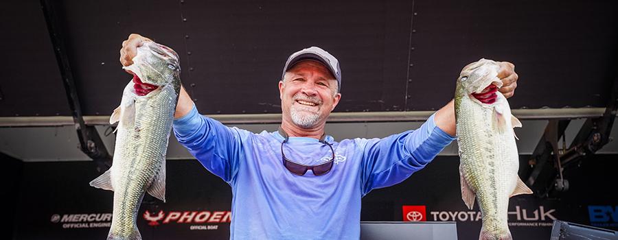 Missouri's Brandenburg Leads Phoenix Bass Fishing League Presented By T-H Marine All-American at Douglas Lake