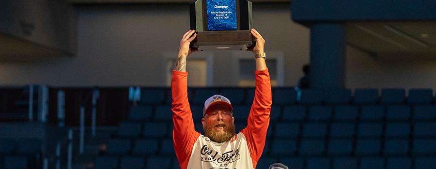 Adjustment Leads Pendergraf To Narrow Bassmaster Kayak Series Championship